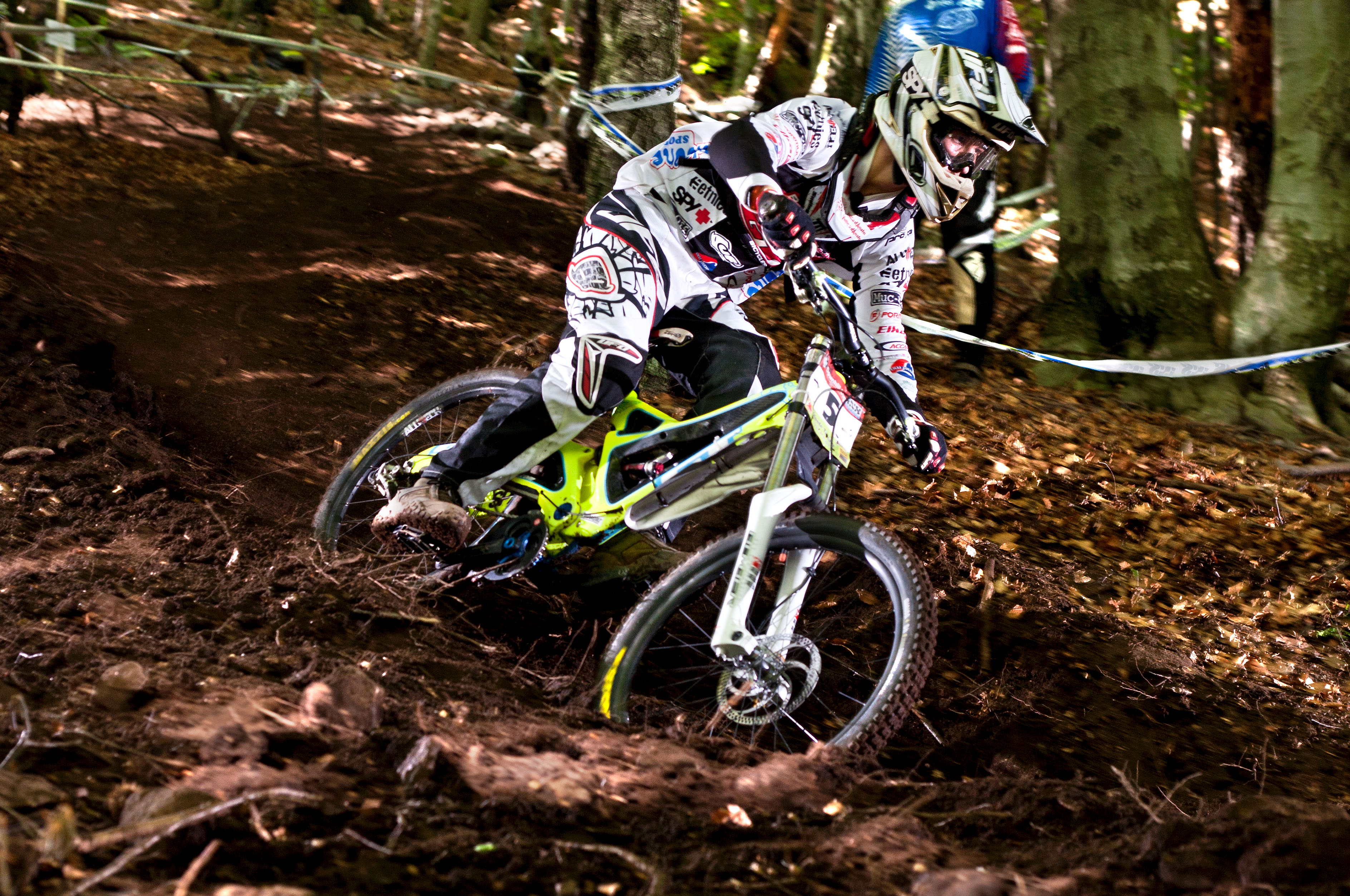 iXS DH Cup