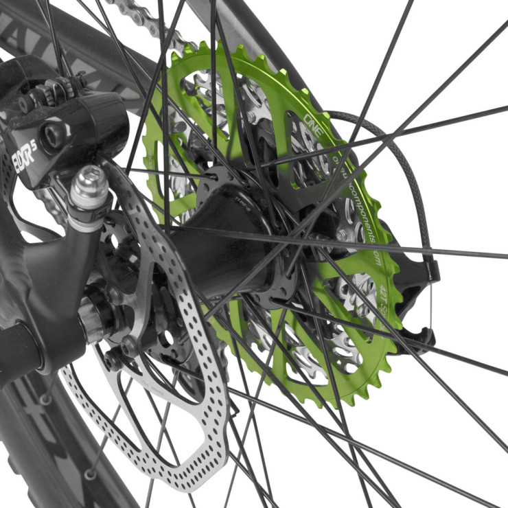 OneUp-Components-42T-Sprocket-green-Specialized-2013-Stumpjumper-FSR-Comp-EVO_29-_cassette-rear-4_1024x1024