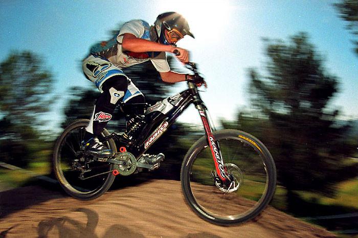 Minnaar Haro DHR 2003