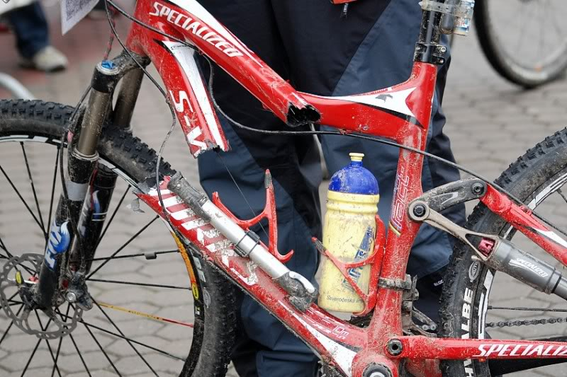 Bici Da Enduro E Carbonio Un Accoppiata Rischiosa Mtb