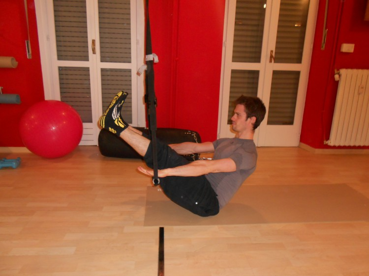 pilates_crunch_trx