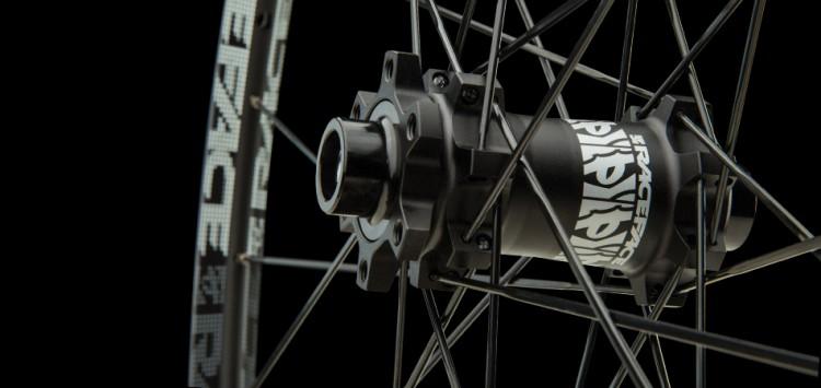 02_RaceFace_Wheels-hub