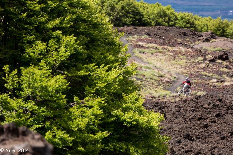 Etna 12