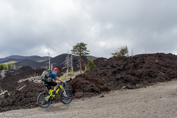 Etna 44