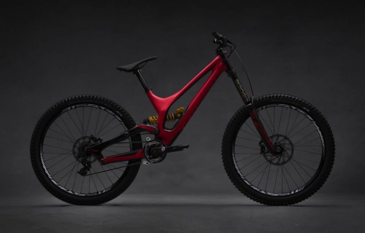 2015-Carbon-Specialized-650B-Demo-807x600