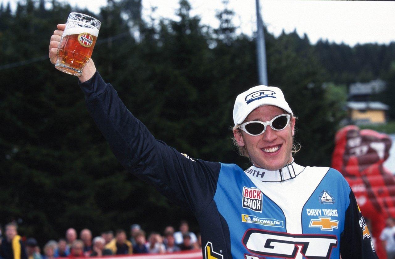 Steve Peat GT Racing finish line (PC Geoff Waugh)
