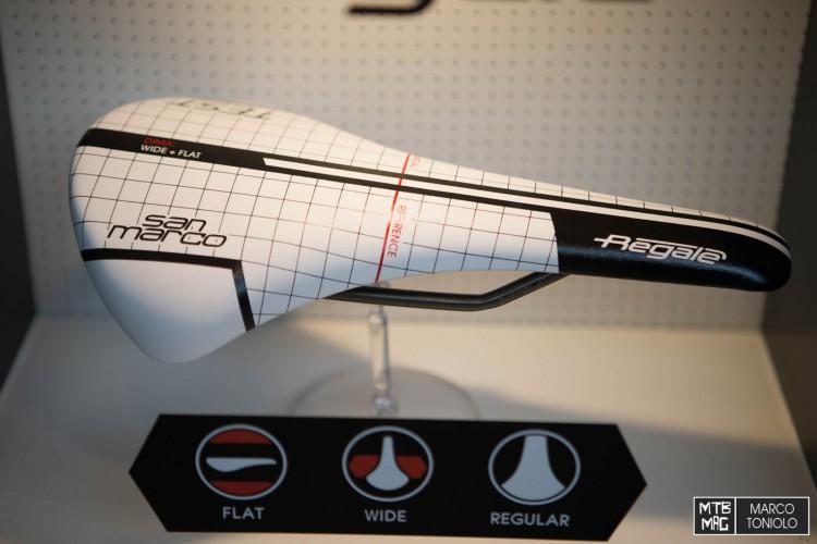 F75R9754