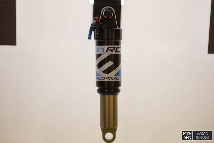 F75R9905