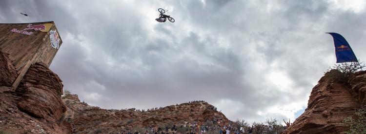 Kelly-McGarry-Beyond-The-Bike-dirt-tv-dirtmountainbike-header