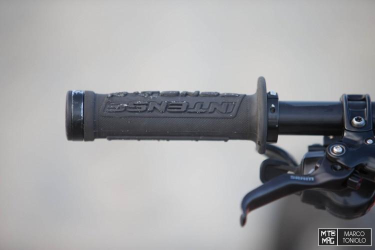 F75R0218