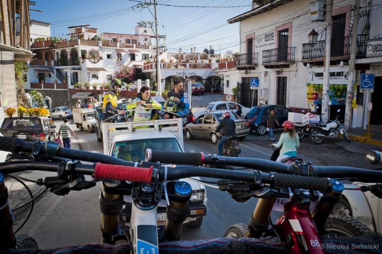 Taxco.life2.2014.3399