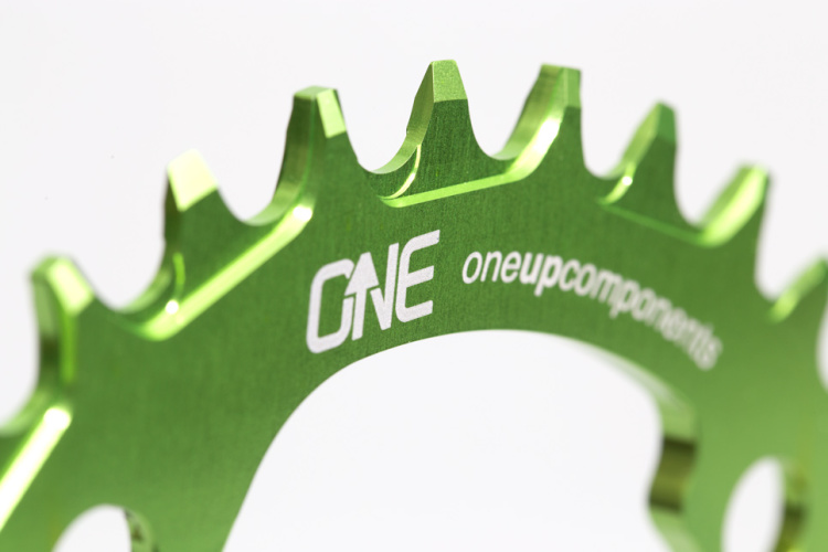 OneUp-Components-32T-104BCD-Narrow-Wide-Chainring-Macro-Green