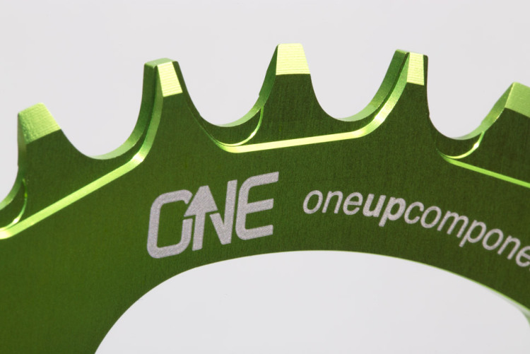 OneUp-Components-32T-104BCD-Narrow-Wide-Chainring-Macro2-Green