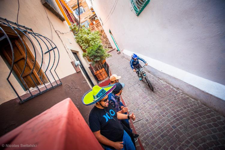 DOWNGUANA-Sombrero-7115