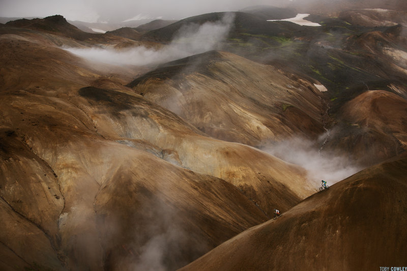 the-incredible-rolling-terrain-of-iceland