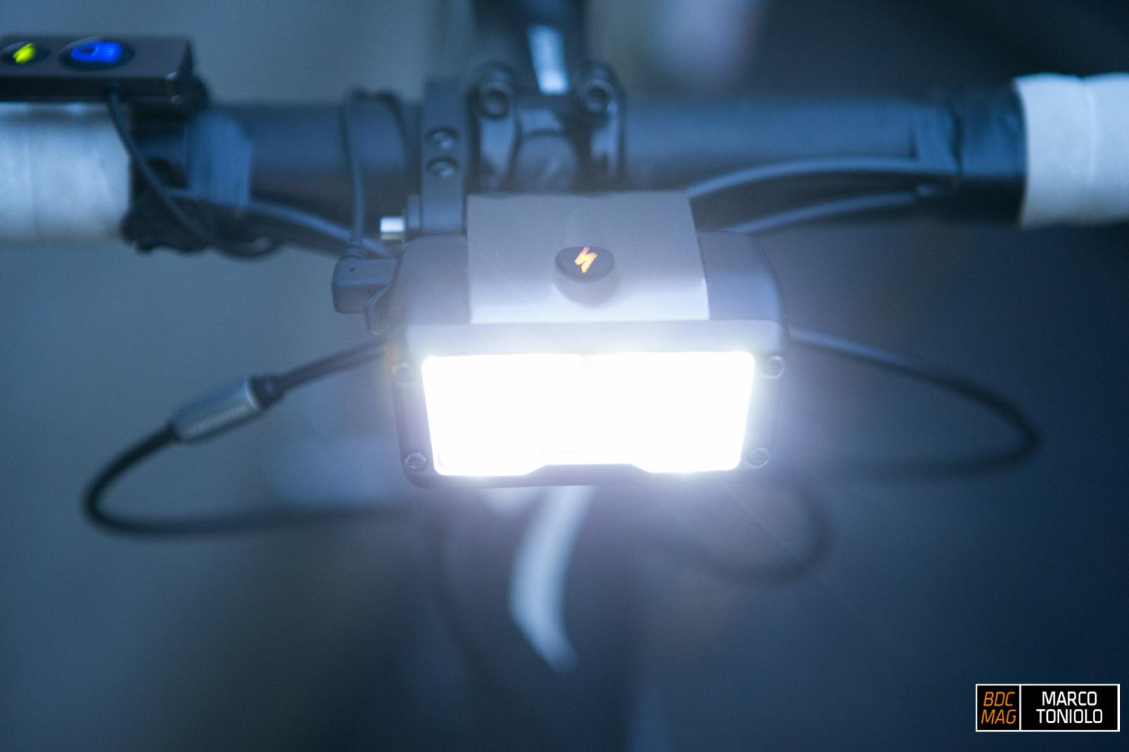 Test] luci specialized flux expert bdc mag.com bici da corsa