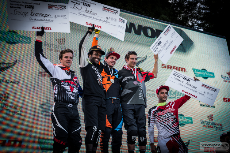 Podium DH Mens