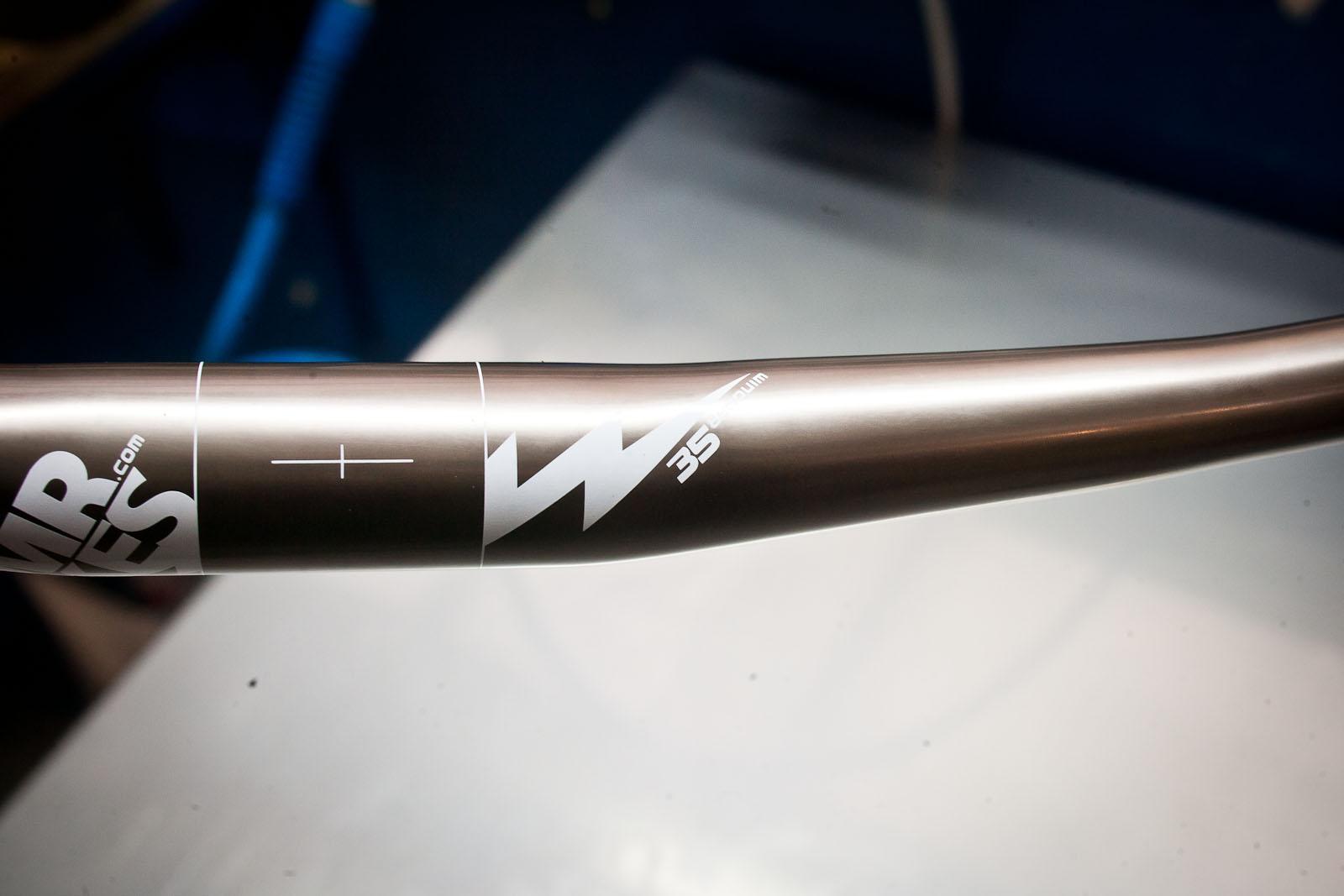 WM8J7392