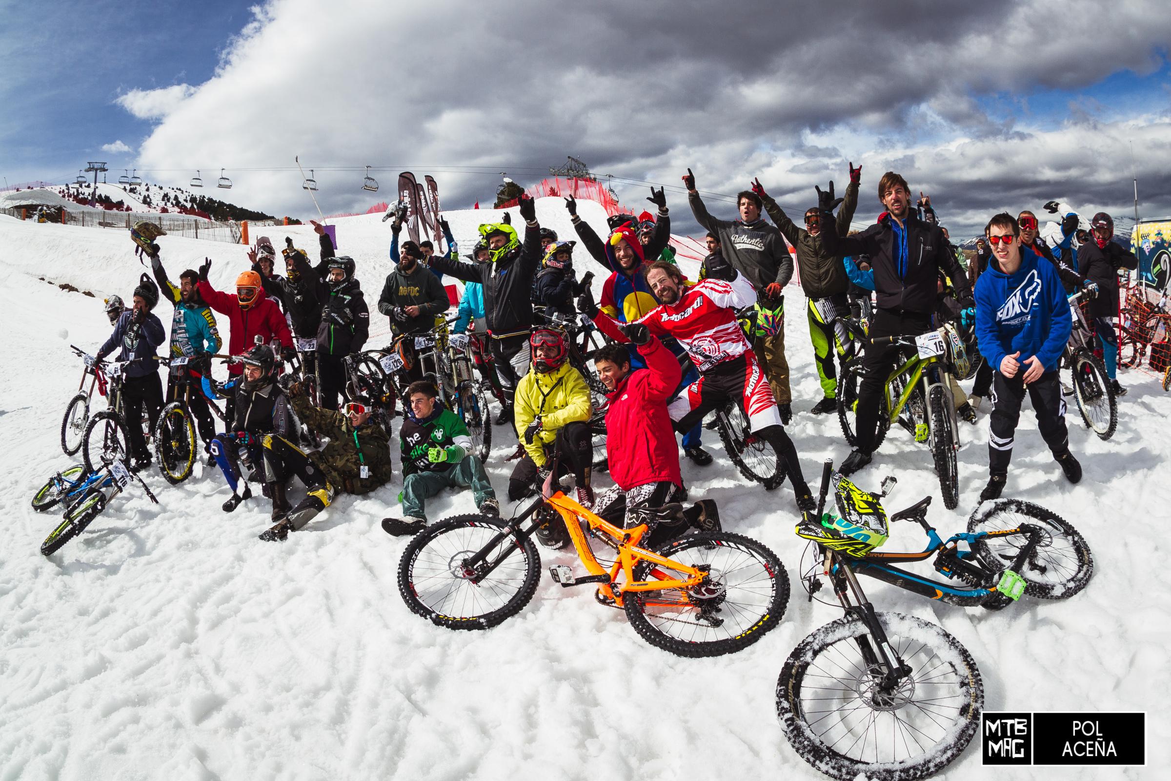 La primera edición de la Chicken Run en La Molina fue todo un éxito. Todos los riders se divirtieron y lo pasaron en grande.