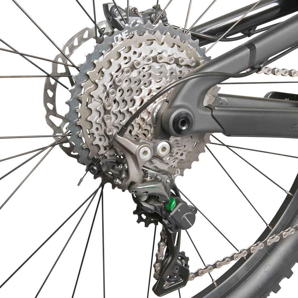 OneUp-Components-45T-Sprocket-GRY-32T-XTR-Narrow-Wide-Chainring-GRY-Santa-Cruz-2015-Nomad-Rear-Iso-Grn-1-966