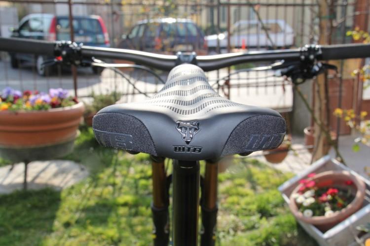Sella WTB Volt Carbon vista posteriore