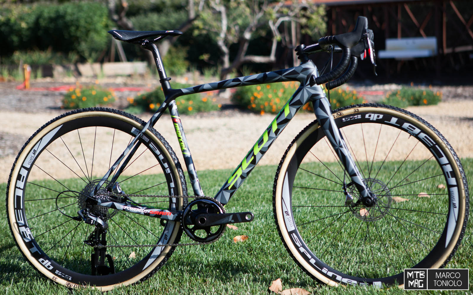 Nuova Scott Addict Cx Bdc Magcom Bici Da Corsa