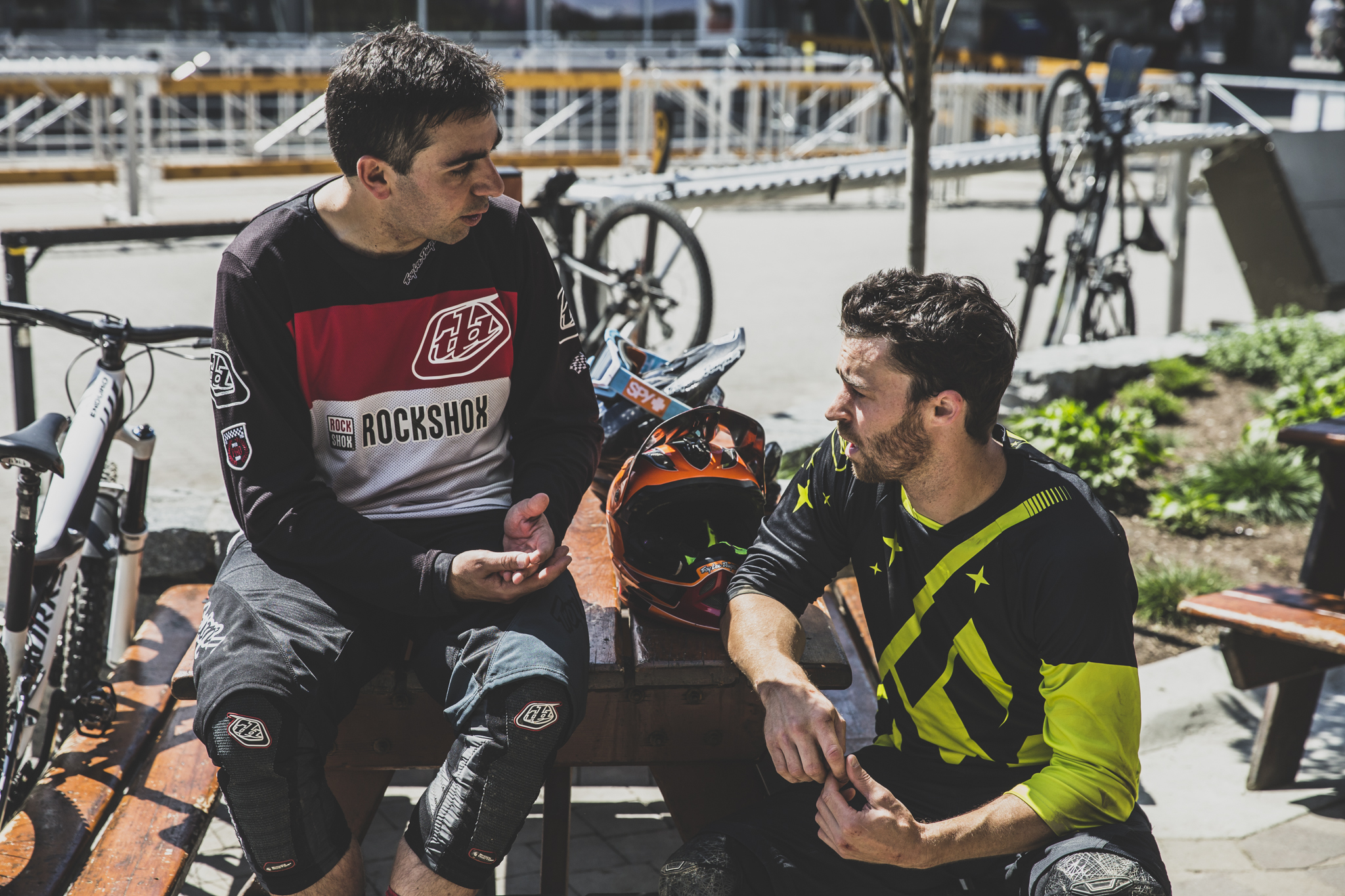 Chatting spring curves with Simon Citatti of SRAM/Rock Shox.
