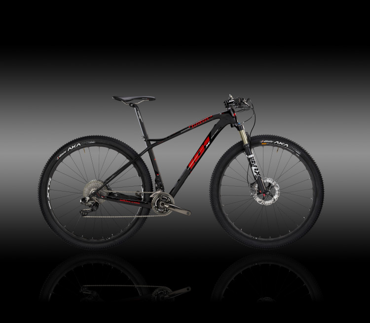 101X - black red - X6