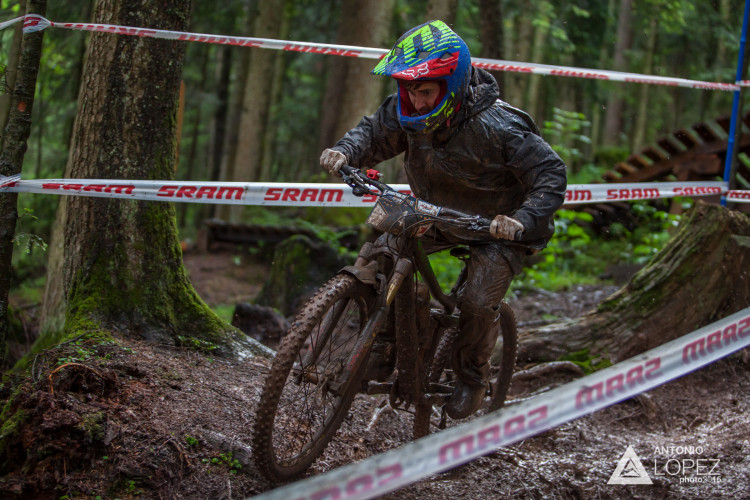 Robert Williams from UK saturday training at the 1st UEC MTB Enduro European Championships in Kirchberg, Tyrol, Austria, on June 20, 2015. Free image for editorial usage only: Photo by Antonio López Ordóñez.
