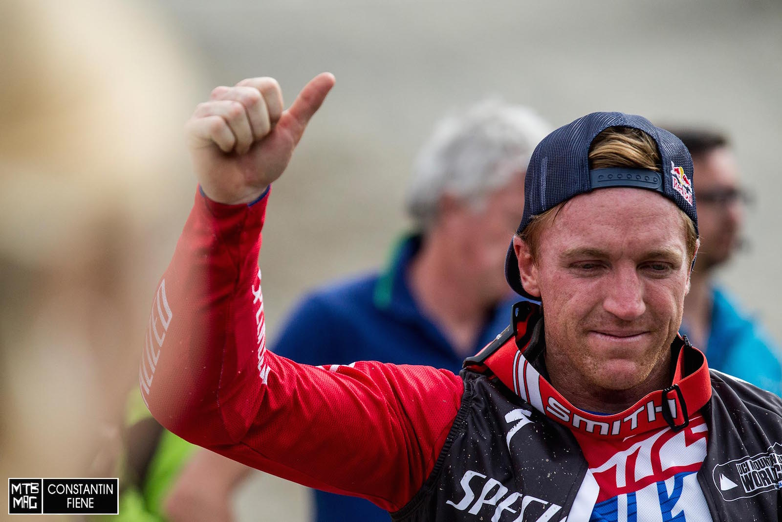 Glücklich und zufrieden: Aaron Gwin nach seinem fenomenalen Sieg in Leogang 2015.