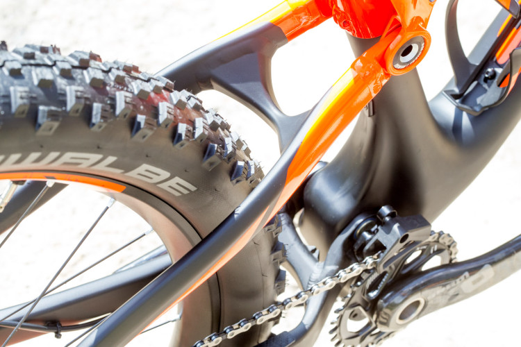 Genius_700_Tuned_Plus_PL_Detail_Image_2016_BIKE_SCOTT_Sports_09