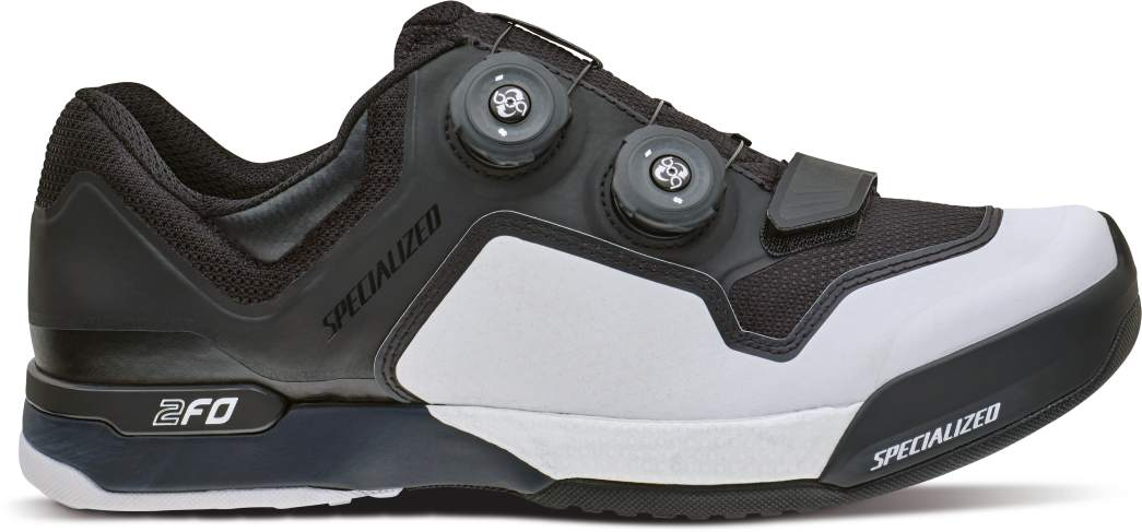 61116-62_SHOE_2FO-CLIPLITE-MTB_BLK-WHT_SIDE