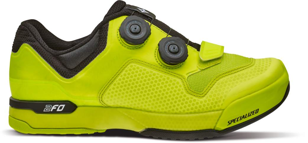 61116-63_SHOE_2FO-CLIPLITE-MTB-WMN_HYP-BLK_SIDE