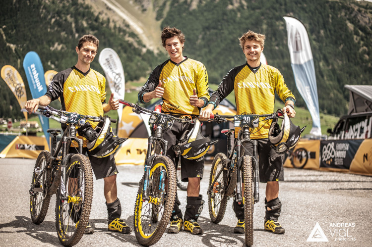 The Canyon Enduro Team during the 3rd stop of the European Endur