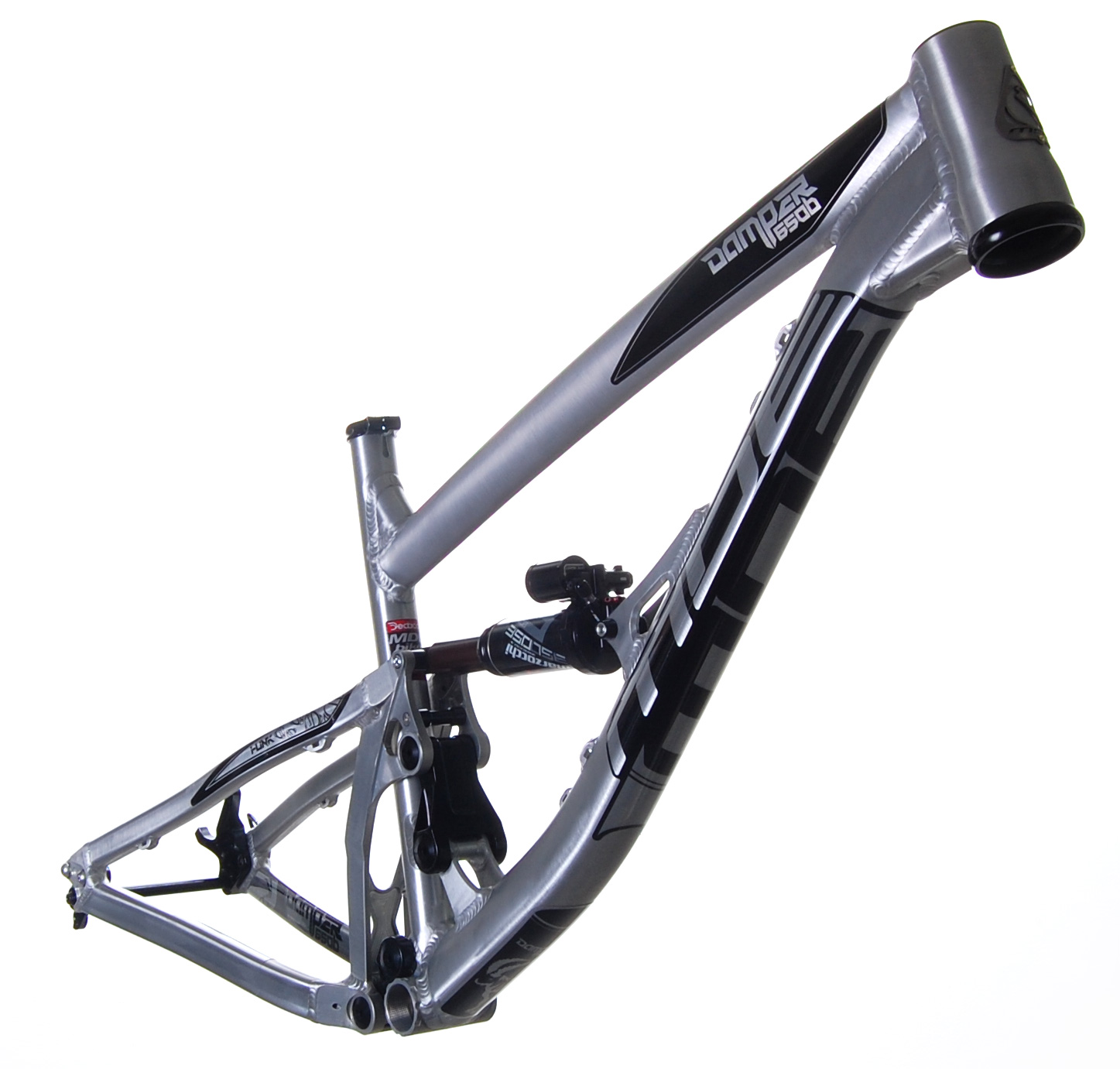 Damper650b_raw-black_2