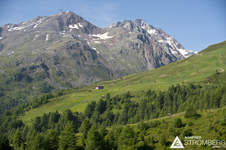 Stage 1 of the 2nd EES in Sölden Tyrol, Austria, on July 5, 2015. Free image for editorial usage only: Photo by Manfred Stromberg