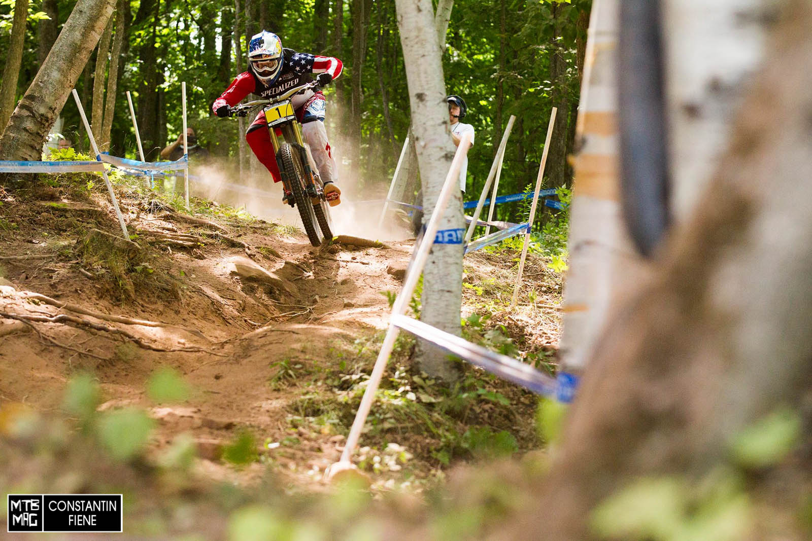Aaron Gwin.  On a mission.