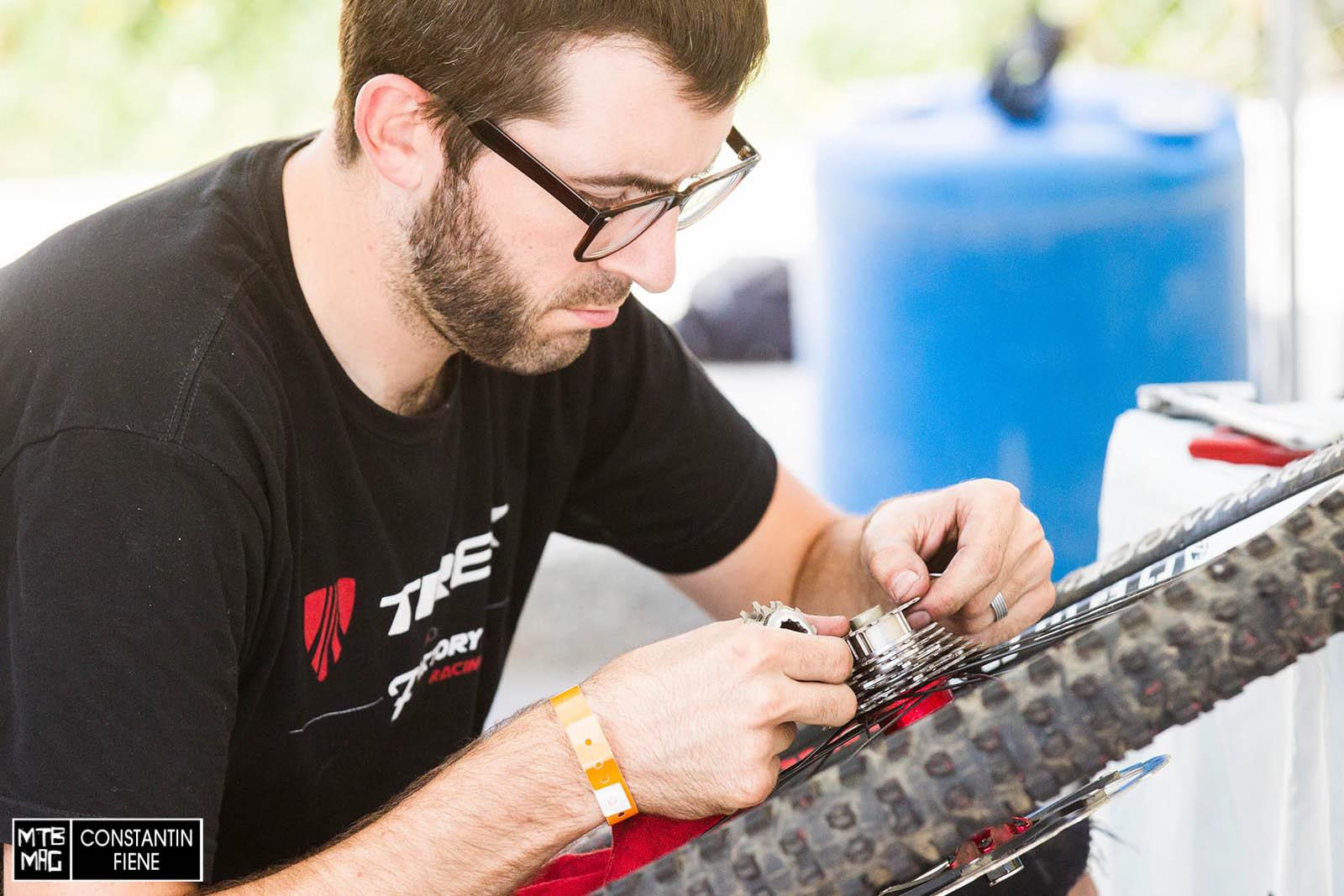 Trek mechanic getting it done.
