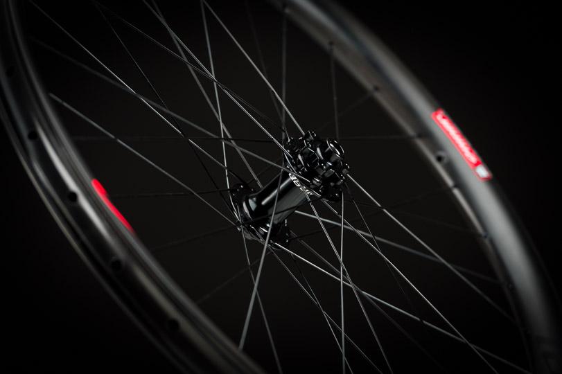 NIN_TR_Wheels_6_938x540