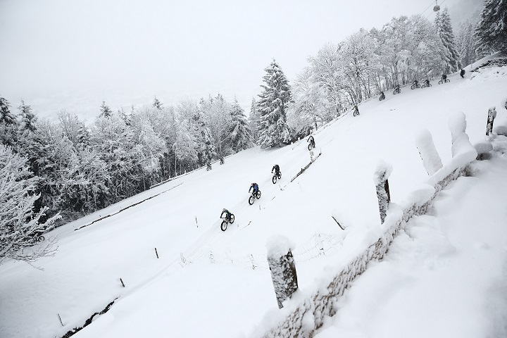 The second edition of Europe's first Snow Bike Festival will take place in GSTAAD from January 22 – 24, 2016 and will feature a 3 Day Stage Race, Eliminator Night Race, Fun Ride, Snow Bike Party & Fat Bike EXPO. Photo by: SNOW BIKE FESTIVAL/Sportograf