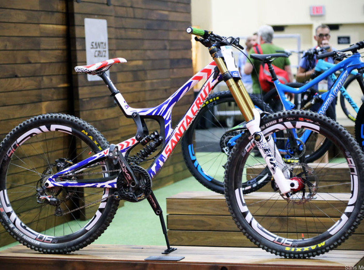 1_santa_cruz_bike