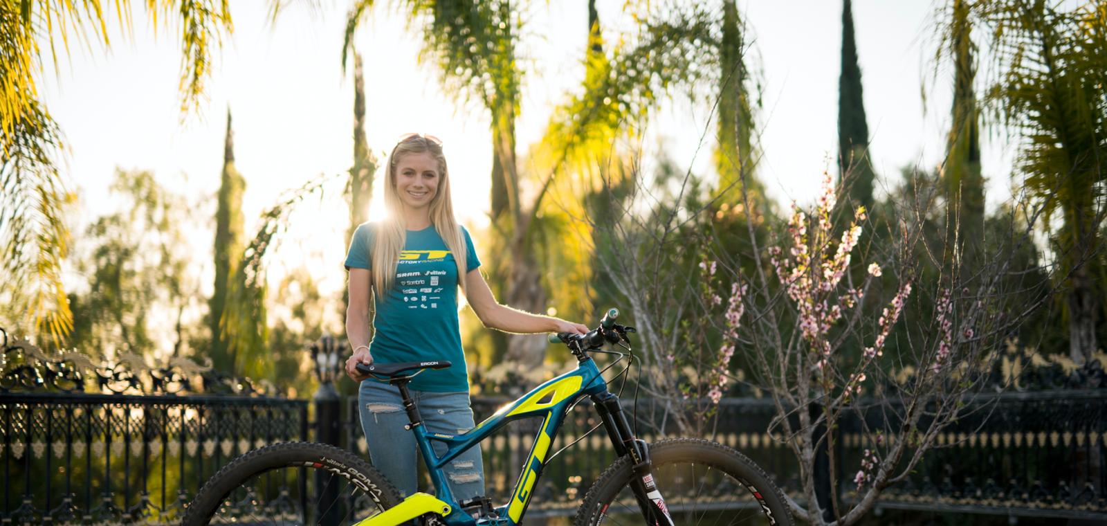 Bike Check Rachel Throop S Gt Force X Carbon Mtb Mag Com