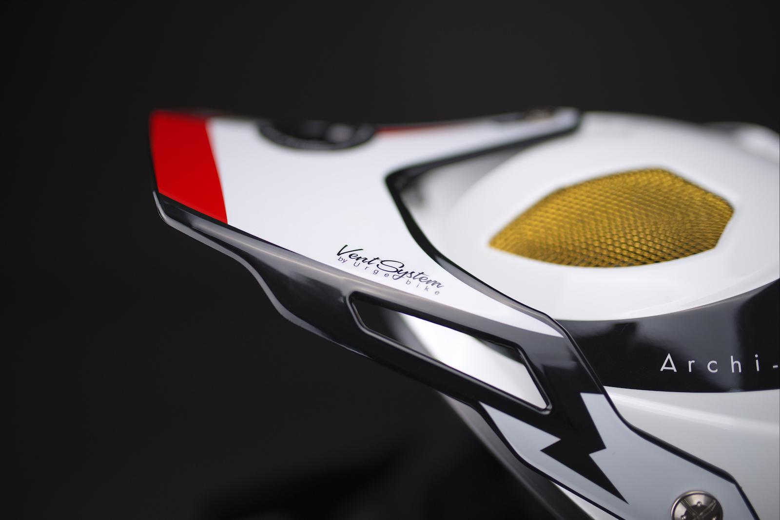 Archi Enduro RR closeup1