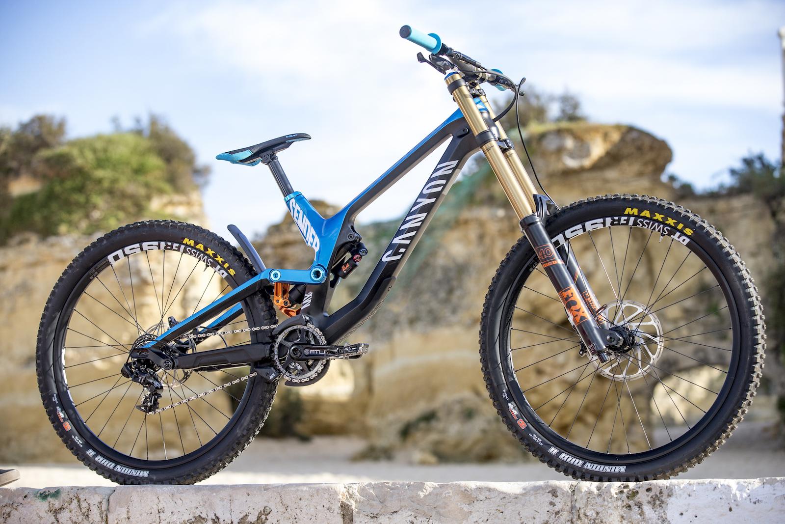 MTB-MAG COM - Mountain Bike Magazine | The New Canyon Sender