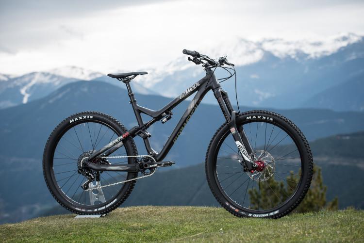 Meta-AM-Ride-Black5