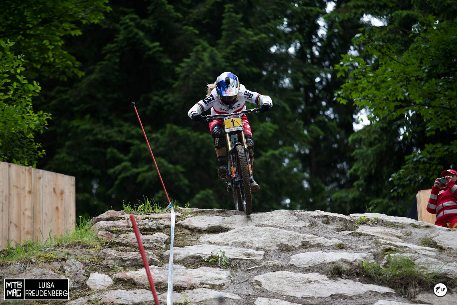 Rachel Atherton 10 in a row. Legend!