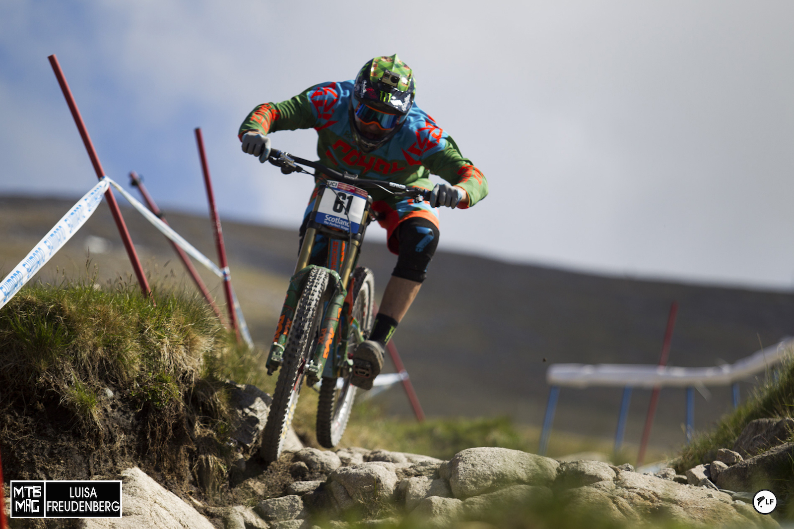 The most popular man at Fort Bill breaking in his new kit and bike.  Steve Peat is racing his last round at Fort William.  Thanks for all of the memories Peaty!