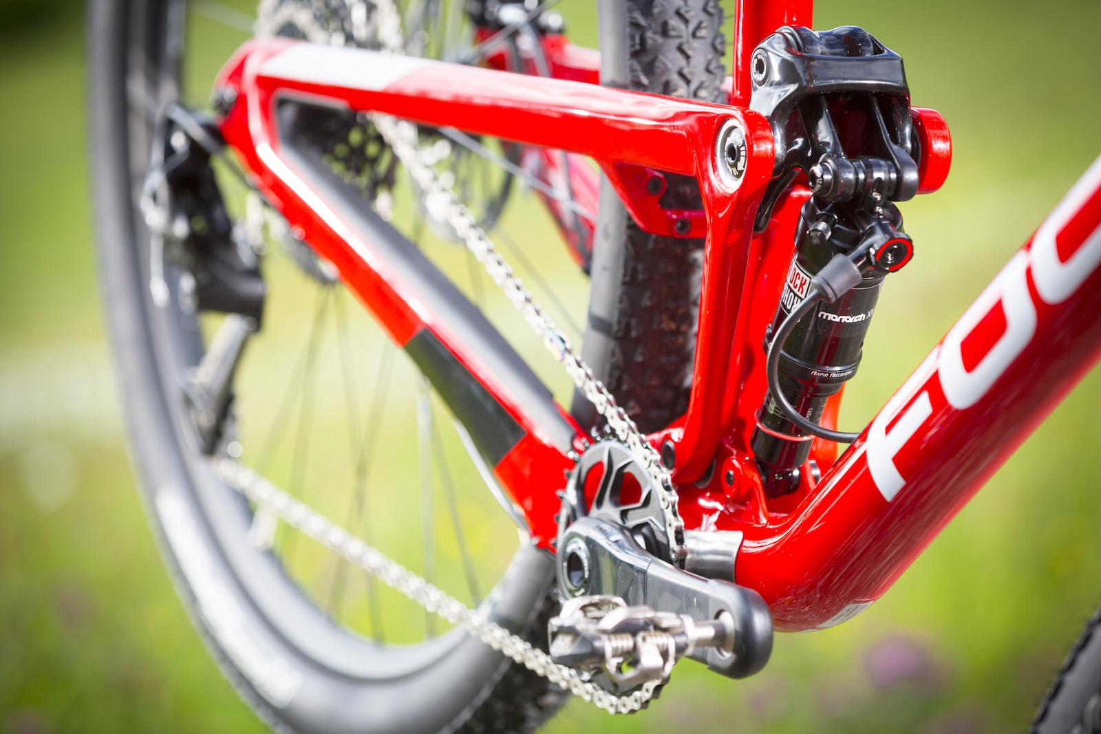 GD255838_Focus Morzine 2016 Bikes_One