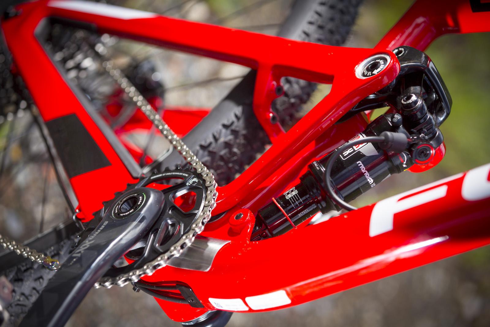 GD255846_Focus Morzine 2016 Bikes_One