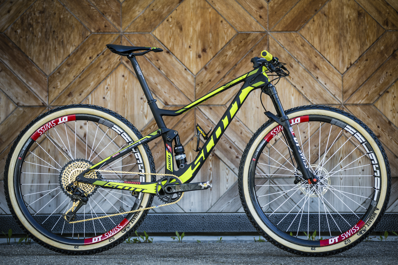 Scott Spark Supersonic, Schurters MTB for the World Cup